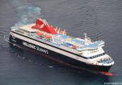 ship_blue_star_chios_in_santorini-2