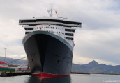 queen_mary_2-3